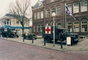 Bij de viering van de bevrijding op 5 mei 2000 werden door de vereniging Keep 'm roling de oude Amerikaanse legervoertuigen weer eens van stal gehaald.