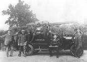 Personeel van de vrijwillige brandweer te Gorredijk. V.l.n.r.Gerard Brons, Hans de Boer, Engbert Posthuma, Anne de Jong, Gerrit Wagenaar, Hendrik Heringa en Hans Veldman.