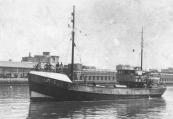 Tijdens de tweede wereldoorlog woonden in Gorredijk vissersgezinnen uit Ijmuiden die door de Duitsers uit hun huizen bij de haven waren gezet in verband met de aanleg van verdedigingswerken. Na de oorlog teruggekeerd liet één dezer familie's een nieuwe motorlogger bouwen (1948) welke zij de Gorredijk noemden.