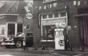 Taxi Moll nog in de Hoofdstraat. (Foto via Sierd Moll)