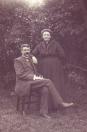Klaas Egberts Kuipers en Akke Wiegers Popma, eigenaren van Trimbeets (tot 1911), in 1911  de Koornbeurs aan de Brouwerswal en café de Veehandel (café Kuipers) gekocht. (foto via Ankie Kuipers)