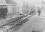 Werkzaamheden aan de tramlijn te Lippenhuizen.