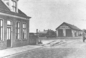 Circa 1950 waren de rails van de lijn Gorredijk- Heerenveen al opgeruimd.