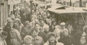 De traditionele Gerdykster Merke beleefde in 1989 een rampeditie. Het was volgens marktmeester Tjeerd Popkema zelden zo slecht geweest met het weer, de toelevering van vee en het bezoekersaantal. Wel een derde minder dan vorig jaar. De handel aan de kramen was wel goed. Wie de deur uit durfde kwam ook om te kopen.
