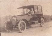 Wieger Kuipers uit Gorredijk, gemeente Opsterland. Kenteken Afgegeven tussen 1 november 1920 en 1 februari 1922. B-3932: Wieger Kuipers, Gorredijk, gemeente Opsterland. Afgegeven: 12-8-1925 (Duplicaat) Foto via A.Kuipers