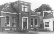 De in 1877 gebouwde school voor