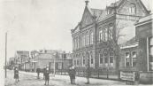 Openbare Lagere school aan de Zuid-west Dubbelestraat.