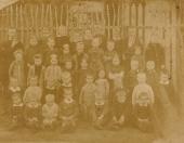 Openbare lagere school Gorredijk 1882, Met op de foto meester Boorsma.