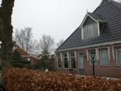 De boerderij werd in de oorlogsjaren bewoond door de familie Wijnstra.jan.2010