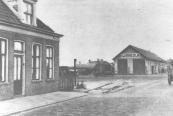 Omstreeks 1950 waren de rails van de tramlijn Gorredijk - Heerenveen al opgeruimd.