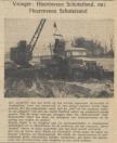 8) Uit de krant van 17-03-1951. Het zijn de heren Aant Heida uit Gorredijk (links naast de auto) en Douwe Veenstra uit Oranjewoud, die beide als motorrenners in terreinritten grote bekendheid hebben geworven, die thans als aannemers van grondwerken, deze dragline in het werk hebben.