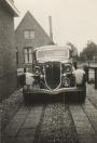 Tj. Wieterdink, Gorredijk, gemeente Opsterland. (Afgegeven tussen 1 mei 1916 en 1 april 1917.) Deze foto is gemaakt op de oprit van de garage van de fam. Simons, Iepenlaan 4, Heerenveen. (Bron: G. Simons)