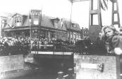 In september 1948 werd de nieuwe hoofdbrug officieel in gebruik genomen. Hij werd genoemd naar Gerk Numan die hier in april 1945 tijdens een vuurgevecht met terugtrekkende Duitsers het leven liet.