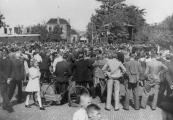 Wat er te zien of te horen viel op 5 mei 1945 is onduidelijk, maar druk was het wel.