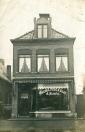 Meubel magazijn J.Hoekstra aan de Langewal (foto via Henk-Jan Withaar)