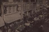 1930, De rijen koeien tijdens de voorjaarsmarkt