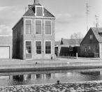 Voorgevel Langewal 52  1981, (foto van der Wal)