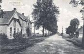 1907 Gezicht op de Marechausseekazerne aan de Stationsweg
