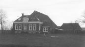 De boerderij ''Kerkzicht'' aan de Hegedyk dankt zijn naam aan het feit dat deze tegenover de Hervormde kerk van het voormalige Kortezwaag staat.