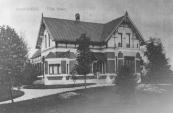 Villa Otter werd in 1904 gebouwd, wat al jaren gebruikt wordt als notariskantoor.