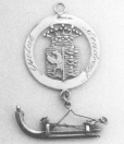 Riekele Siezes Van Der Zee CA. 1875 Ingigne Sinds 1869 werden deze insignes verkocht voor f 3,50 voor de bestuursleden van de Gorredijkster 'Ijsclub Eendragt'