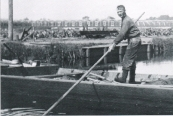 Uitgraven vaart boven Oosterend in Gorredijk
