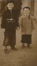 Jan Talsma en Bonne Talsma in flitsende jeans, 1955 (foto: Bonne Talsma).
