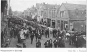 De drukbezochte veemarkt in 1935