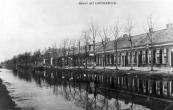 De door gebr. Eisenga gebouwde huizen aan het zuideinde van de Langewal in Kortezwaag werden de