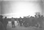 De buurtvereniging van Kortezwaag houdt hier hardrijden op de ijsbaan van de ''Eendracht'' te Gorredijk