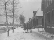 Langewal te Kortezwaag in de sneeuw.