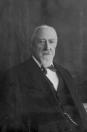 J.E. Posthuma oprichter Nutspaarbank. 1876 oprichter, 1909-1935 voorzitter, 1935 commissaris.