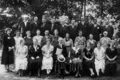 Socialistische zangvereniging ''Stem des Volks''. V.l.n.r.: B.van Zinderen, G.Veenstra, K.de Vries, E.Kuiper, B v/d Sloep, J.Bakker, W.de Vries, F.Bekhof, H.Kussendrager. Midden: v/d Wijk, Petter, J.v/d Kamp, C.Scholte, F.Bekhof, Tr.Eppinga, Pothof, J.Bijlsma, M.Kussendrager, Kuipers. Voor: Kuiper, Beenen, Langstra, Hendrik de Jong (leider), Bosker, E.v/d Walle, G.de Jong en B.Veenstra.